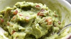 Guacamole contains healthy fats